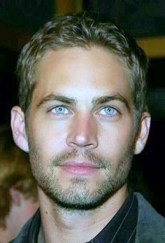 Sexy Lips *•..¸⭐️¸.•* Tips & Tricks: Paul Walker~ RIP