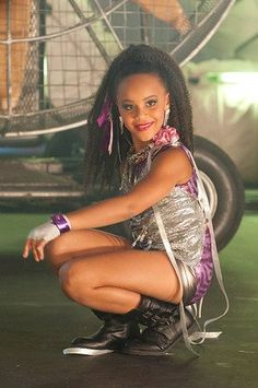 """Nia Frazier photoshoot during """"It's Like Summer"""" music video by Lux 