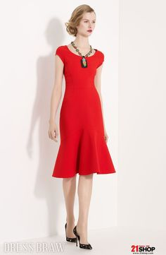 $137.79 Gorgeous Sheath/Column Knee-Length Short-Sleeves Round-Neckline Mother Of The Bride Dress