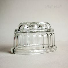 Vintage Original 1950s Traditional One PINT Clear Glass Jelly Mould Blancmange by UpStagedVintage on Etsy