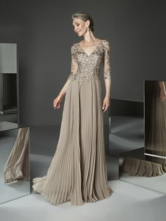 Wedding Dress Simple, Attractive Tulle & Chiffon V-neck Neckline A-line Mother Of The Bride Dresses With Lace Appliques Lauren Bridal Mother Of The Bride Dresses Long, Mother Of Bride Outfits, Mothers Dresses, Mother Bride, Mom Dress, Bride Gowns, Elegant Dresses, Plus Size Dresses, Evening Dresses