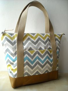 ladies leisure bag with competitive priceZig Zag Everyday Tote Bag by charmdesign on Etsy, Diy Bag Designs, Patchwork Bags, Quilted Tote Bags, Bag Patterns To Sew, Handmade Bags, Handmade Leather, Denim Bag, Fabric Bags, Cotton Bag