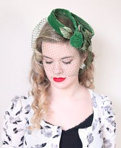 1950s Fascinator / VINTAGE / 50s Hat / Green / by HighHatCouture