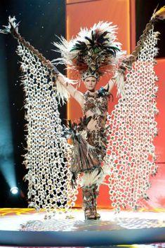 Miss Ecuador   30 Gorgeous Miss Universe National Costumes