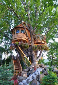 Tree House 92899 Yurts and treehouses and glamping, oh my! Beautiful Tree Houses, Cool Tree Houses, Beautiful Homes, Beautiful Scenery, Beautiful Soul, Tree House Plans, Tree House Homes, Tree House Designs, Hotels