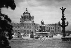 Naturhistorisches Museum in Wien, 1938 Maria Theresia, Winter Schnee, Museum, Natural History, Vienna, Hungary, Austria, Buildings, To Go