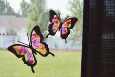 With leftover tissue paper you can create all sorts of projects. Here are 24 kids reuse tissue paper crafts for a rainy day . Tissue Paper Flowers, Paper Butterflies, Crafts For Seniors, Crafts For Kids To Make, Kids Crafts, Turtle Crafts, Fairy Lanterns, Travel Crafts, Tissue Paper Crafts