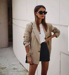 38 Ideas Womens Fashion For Work Chic Spring For 2019 Outfit Chic, Beige Outfit, Looks Street Style, Looks Style, Guy Style, Look Fashion, Trendy Fashion, Womens Fashion, Guy Fashion
