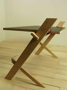 Rope-Secured Desks : String Table