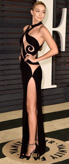 Gigi Hadid in Atelier Versace attends the 2015 Vanity Fair Oscar Party in Beverly Hills, February 22, 2015.