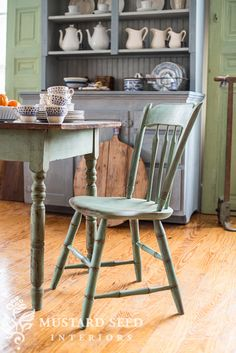 two chair makeovers - Miss Mustard Seed Milk Paint Furniture, Painted Furniture, Furniture Refinishing, Furniture Redo, Farmhouse Style Decorating, French Country Decorating, Farmhouse Decor, Diy Decorating, White Shiplap Wall