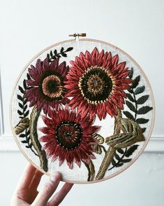 Velvet queens! (red sunflowers) #autumn #embroidery