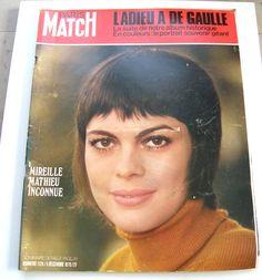 REVUE PHOTO PARIS MATCH N°1126 DEC 1970 L'ADIEU A DE GAULLE / MIREILLE MATHIEU