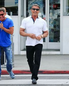 Sylvester Stallone Photos - Sylvester Stallone goes for a stroll with friends in Beverly Hills on April - Sylvester Stallone Strolls in Beverly Hills Sylvester Stallone, Fit Actors, Actors & Actresses, Expendables 3 Cast, Stallone Rocky, Frank Zane, Rocky Balboa, Hollywood Actor, Film Director