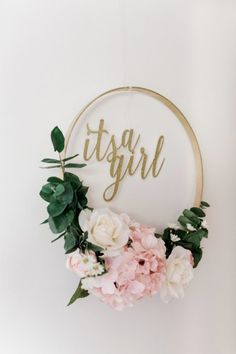 It'S a girl floral wreath floral baby shower, boho baby shower, girl shower, Idee Baby Shower, Baby Shower Brunch, Floral Baby Shower, Girl Shower, Girl Baby Showers, Girl Baby Shower Decorations, Baby Shower Centerpieces, Baby Shower Themes, Shower Ideas