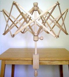 "SGI LTD Knitting Umbrella 24"" Wooden Swift Yarn Winder Holder for Hanks Skeins Wool Ball: Amazon.co.uk: DIY & Tools"