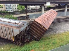 CSX will clear track of derailed train by Tuesday night, Norton says