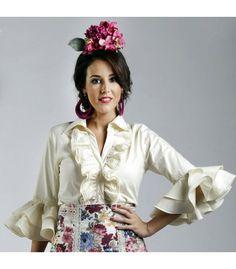 faldas y blusas flamencas - Roal - Blusa Aida Flamenco Skirt, Ballet Skirt, Holiday Dresses, Traditional Dresses, Party Dress, Bell Sleeve Top, Blouse, Skirts, How To Wear