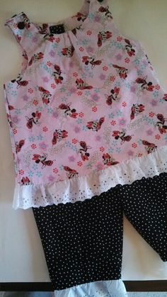 Minnie Mouse outfit for Disneyland