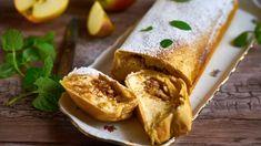 Štrúdl s tvarohem a jablky z domácího těsta Croissants, Tacos, Mexican, Baking, Ethnic Recipes, Food, Crescents, Bakken, Essen