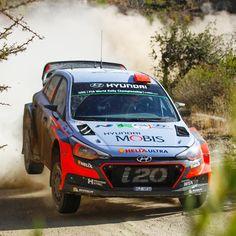 #모래바람 을 헤치고 힘차게 달리는 #현대월드랠리 #팀 !  #Hyundai_World_Rally #team was speeding while overcoming the #sandstorm !  #WRC #Mexico #Rally #ThierryNeuville #DaniSordo #HaydenPaddon #i20 #world #motor #sport #Guanajuato #photo #daily #멕시코 #랠리 #티에리누빌 #다니소르도 #헤이든패든 #과나후아토 #점프 #모터스포츠 #현대자동차 #자동차 #자동차그램