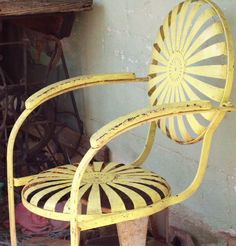 The very beautiful chair - Just Vintage - Garden Chair Vintage Metal Chairs, Vintage Patio Furniture, Metal Lawn Chairs, Metal Outdoor Chairs, Lawn Furniture, Vintage Iron, Outdoor Furniture, Single Chair, Garden Chairs