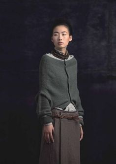 This is just a simple cardigan worn upside down, interesting look but might feel awkward Autumn - 2010 - 例外