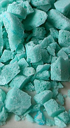 Homemade Pop Rocks - fab for cake and cookie decorating, rimming cocktail glasses and spoiling the kids! The citric acid (sounds ominous, but isn't!) is commonly found at Walmart and Target near the canning supplies. ❊