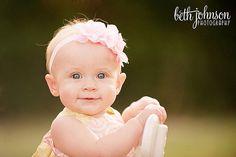 Baby Shoot: 8 mon old girl