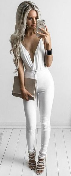 #summer #kirstyfleming #outfits | White Bodysuit + White Jeans