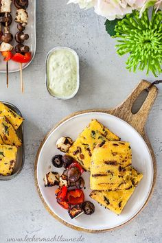 Vegetarian grilling with polenta, delicious skewers and basil sauce vegetarisch lifestyle recipes grillen rezepte rezepte schnell Polenta, Veggie Recipes, Vegetarian Recipes, Vegetarian Grilling, Basil Sauce, Vegetarian Lifestyle, Köstliche Desserts, Skewers, Veggies