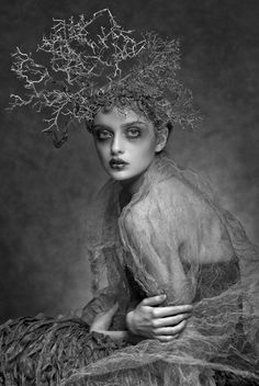 black-white-madness:  Madness:  model Dana Mostek ph/costume/make up Agnieszka Jopkiewicz