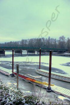 #fortlangley #rowing #ice #snow #bridge #canoe #club #photography by Ernie Kasper