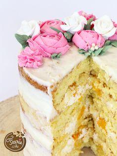 With this recipe for the mascarpone cream mango 'Naked Cake' you can . Sweet Recipes, Cake Recipes, Snack Recipes, Dessert Recipes, Creative Cake Decorating, Creative Cakes, Nake Cake, Fruit Birthday Cake, Mascarpone Creme