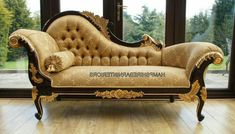 Talha escultura Júlio Leal Lounge Sofa, Chaise Sofa, Lounge Furniture, Luxury Furniture, Furniture Decor, Furniture Design, Chez Lounge, Balcony Furniture, Lounge Cushions