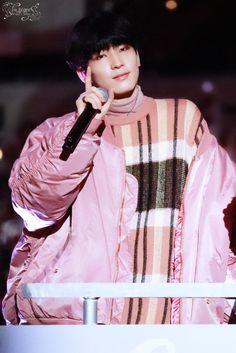 Wonwoo//Seventeen Joshua Seventeen, Seventeen Debut, Falling In Love Again, I Fall In Love, Woozi, Jeonghan, Won Woo, Mingyu Seventeen, Adore U
