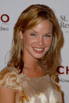Picture of Ashley Scott Ashley Scott, Textured Hair, Crushes, Hair Styles, Sci Fi, Pictures, Fantasy, Hair Plait Styles, Photos