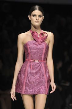 Versace Spring 2009...Katy Perry wore it better!!
