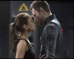Jupiter Jones (Mila Kunis) and Caine Wise (Channing Tatum) heating it up a bit in a collectible bookmark image. Each laminated bookmark contains a unique frame from the Jupiter Ascending movie.