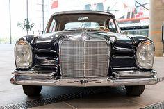 Mercedes 220, Mercedez Benz, Classic Mercedes, Cool Cars, Antique Cars, Transportation, Fun, Dream Cars, Vintage Cars