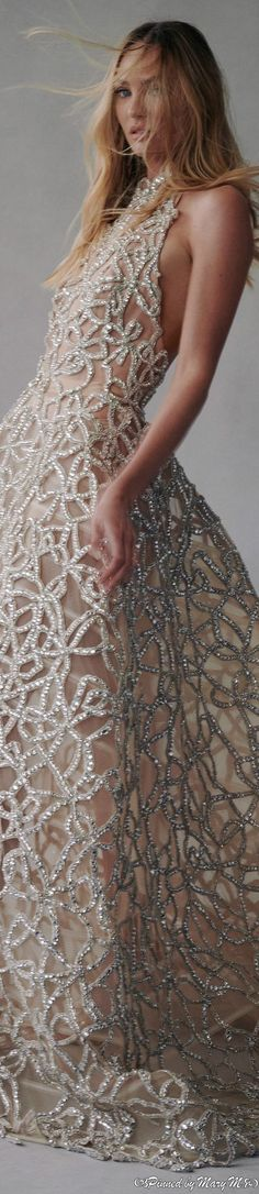 Classy People, Luxury Lifestyle Fashion, All Things Fabulous, Embellished Gown, Couture, Unique Fashion, Pretty Dresses, Evening Gowns, Ball Gowns