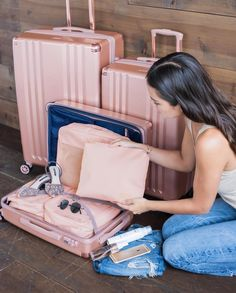 Our favorite combo: Rose Gold Ambeur and Blush Pink Packing Cubes ? Calpak Luggage, Pink Luggage, Cute Luggage, Travel Luggage, Travel Bags, Travel Suitcases, Travel Backpack, Beach Vacation Packing, Packing List For Travel