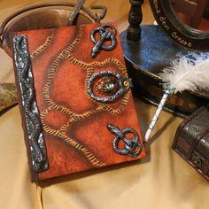 Hocus Pocus (big book) Vampire Books, Magic Book, En Stock, Hocus Pocus, Handmade Decorations, Fantasy World, Louis Vuitton Monogram, 3 D, Witch