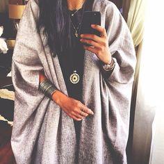 "@frontrowmode's photo: ""One & Only @slouchyz"" Modest Fashion Hijab, African Fashion Dresses, Kimono Fashion, Fashion Outfits, Iranian Women Fashion, Arab Fashion, Muslim Fashion, Mode Abaya, Mode Hijab"