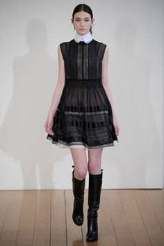 Philosophy di Lorenzo Serafini Fall 2010 Ready-to-Wear Fashion Show - Jacquelyn Jablonski