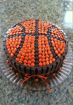 Basketball cake w/Reeses pieces and kit kat bars basketball cake nba players Basketball Party, Basketball Cakes, Basketball Signs, Street Basketball, Basketball Funny, Basketball Hoop, Lemon And Coconut Cake, Sport Cakes, Specialty Cakes