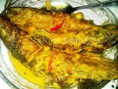 MANGUT LELE   Ala linda Salut  5 ekor ikan lele, dicuci bersih  1 sendok teh garam  2 sendok teh air jeruk nipis  (goreng ikan lele)  5 c...