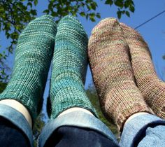 Never Not Knitting: Beginner Socks  This looks like a great gift for a scout...