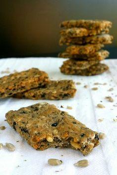 Biscuits apéro aux olives, aux graines de tournesol et à l'origan