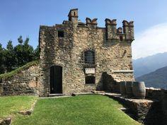 Au Castello di Morcote gastronomie, vins, nature et tourisme sont à l'honneur - SWISS WINE DIRECTORY Lugano, Center Stage, Centre, Lush Green, Tower Bridge, Pathways, Wine Recipes, Switzerland, Castles